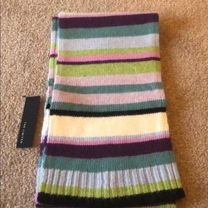 The Limited Scarf